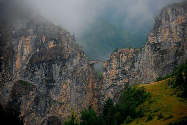 Le pont des abîmes...