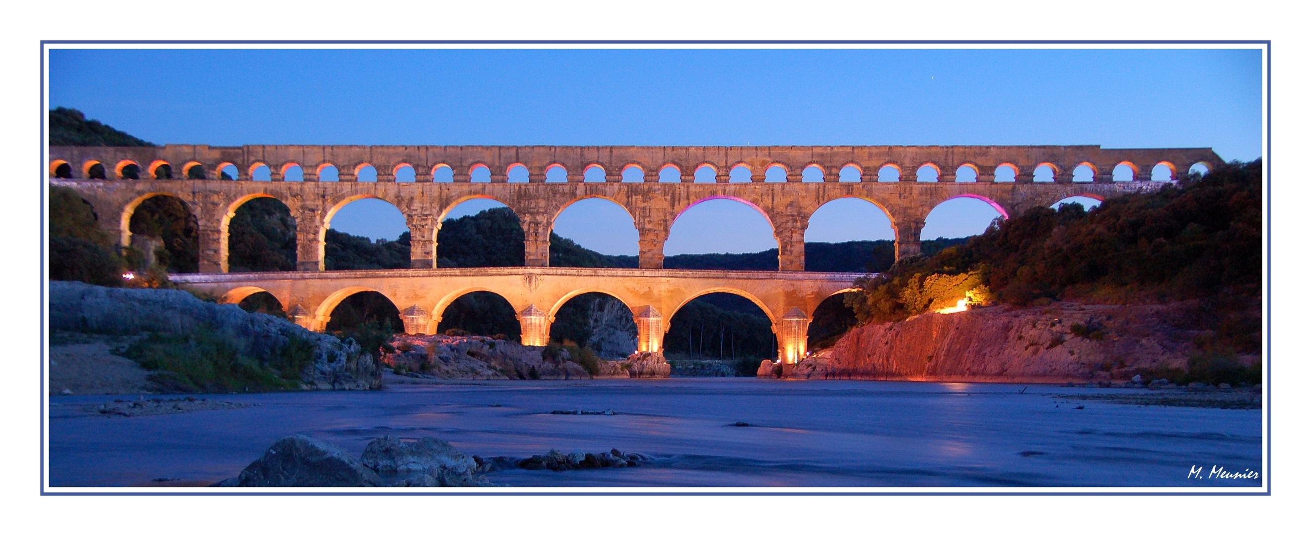 Le pont du gard et ses illuminations