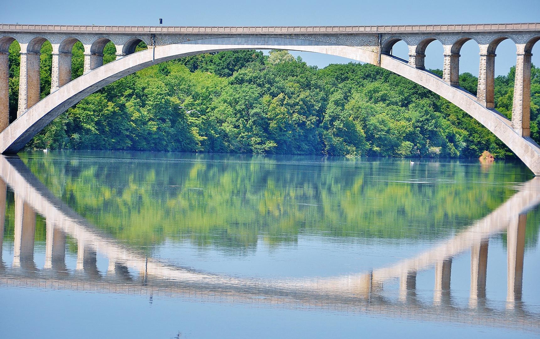 Le pont....Sur l'Isère!