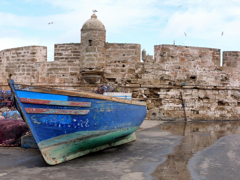 Le Port d' Essaouira (Maroc) et les remparts