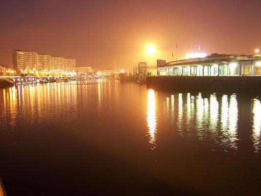 Le port de Boulogne-sur-mer une nuit...