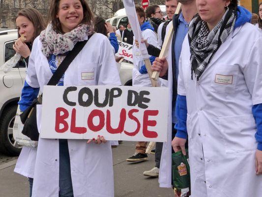 le projet de loi de santé met les blouses blanches dans la rue 1 © Paris France