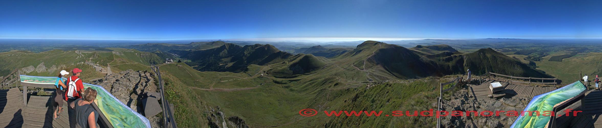 Le Puy de Sancy - un Volcan à 360° au coeur de l'Europe à 1886 mètres
