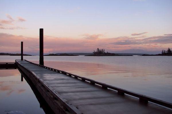le quai à l'aube