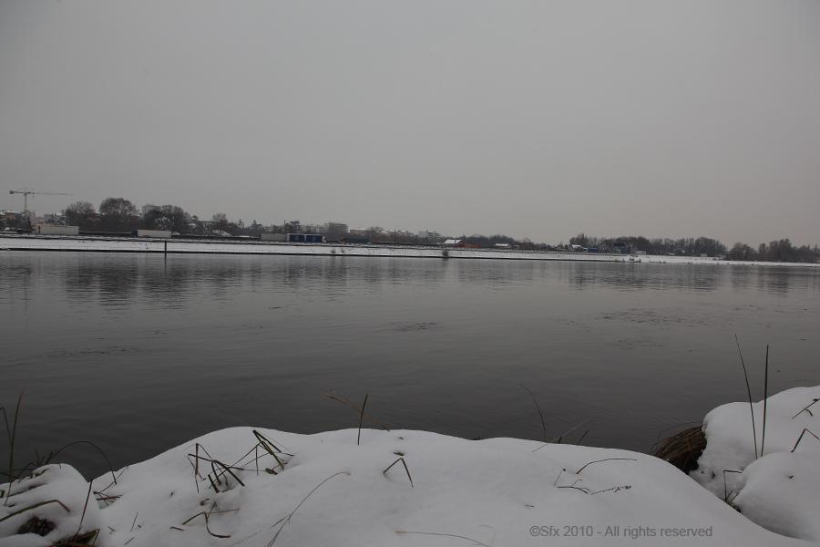...Le Rhône sous la neige...