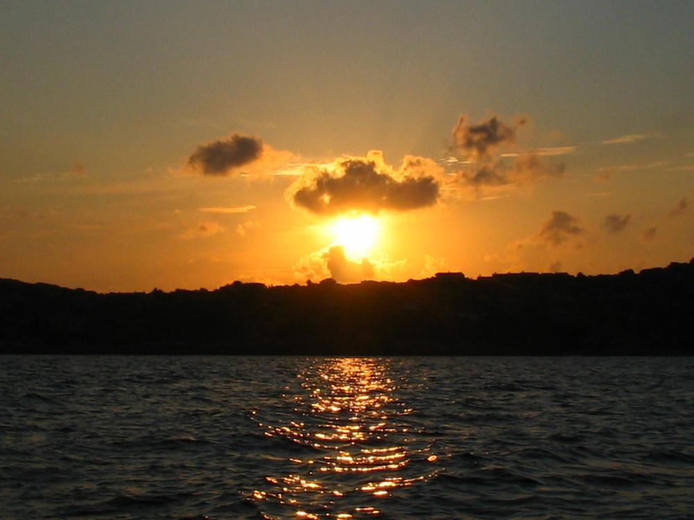 Le soleil avec .....