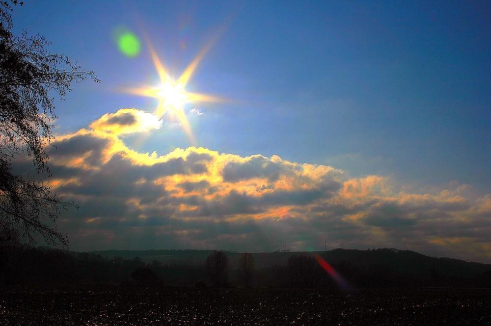 Le soleil se prends pour une étoile...;))))