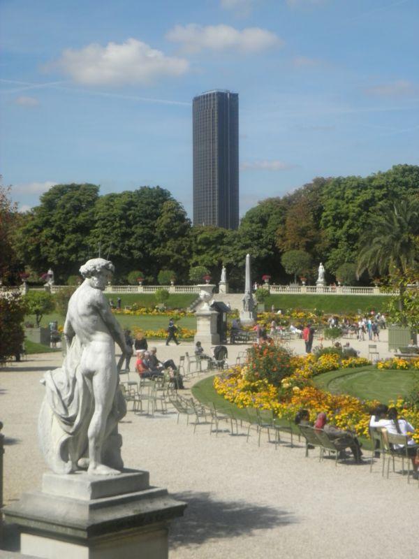 Le tour Montparnasse et le Jardin du Luxembourg