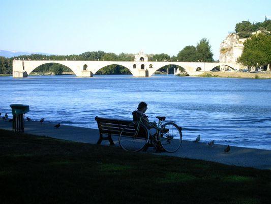 Le très célèbre pont d'Avignon.