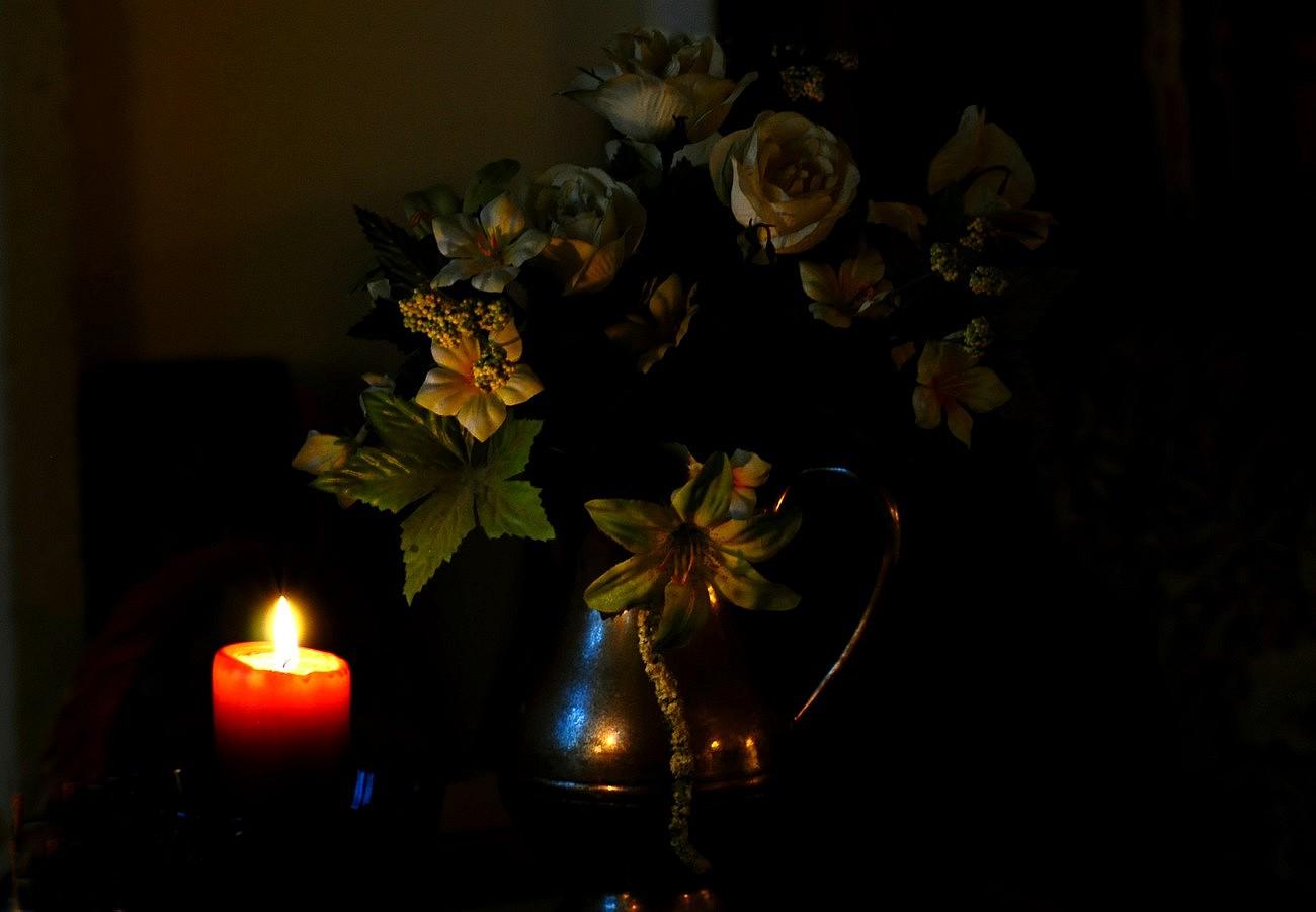 Le vase et la bougie