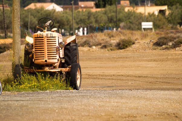 le vieux tracteur