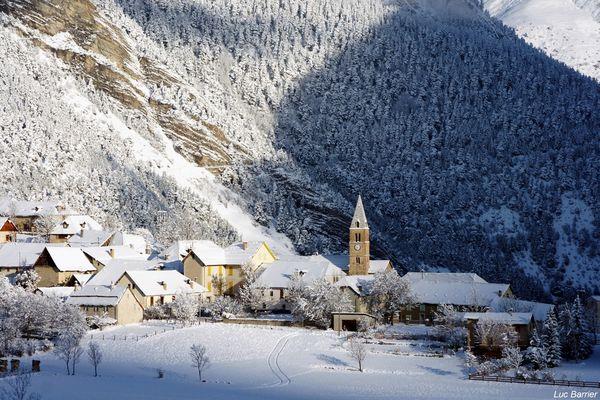 Le village et la neige
