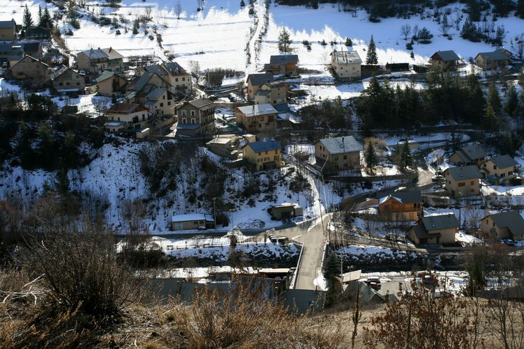 Le Village (Hautes-Alpes)