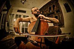 """"""" Le violoncelliste """""""