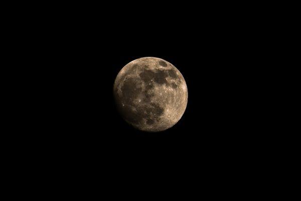le visage de la lune