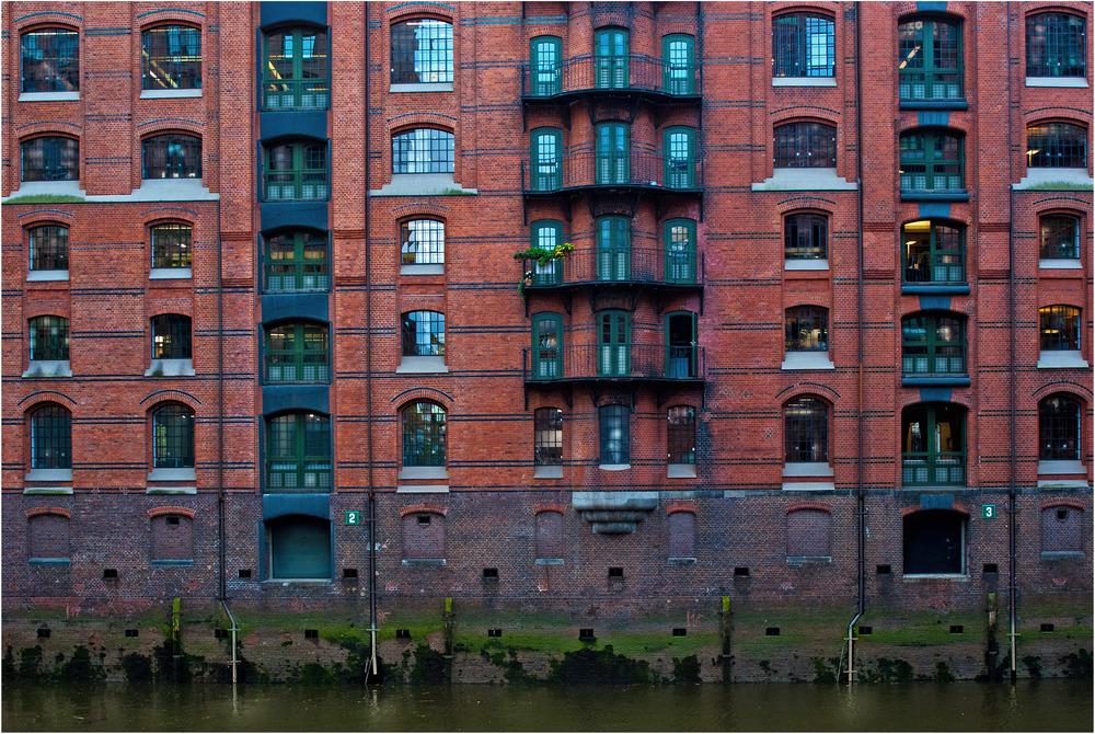 Lebendige Speicherstadt in Hamburg