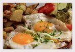 Leberkäs mit Spiegelei und Bratkartoffeln.....