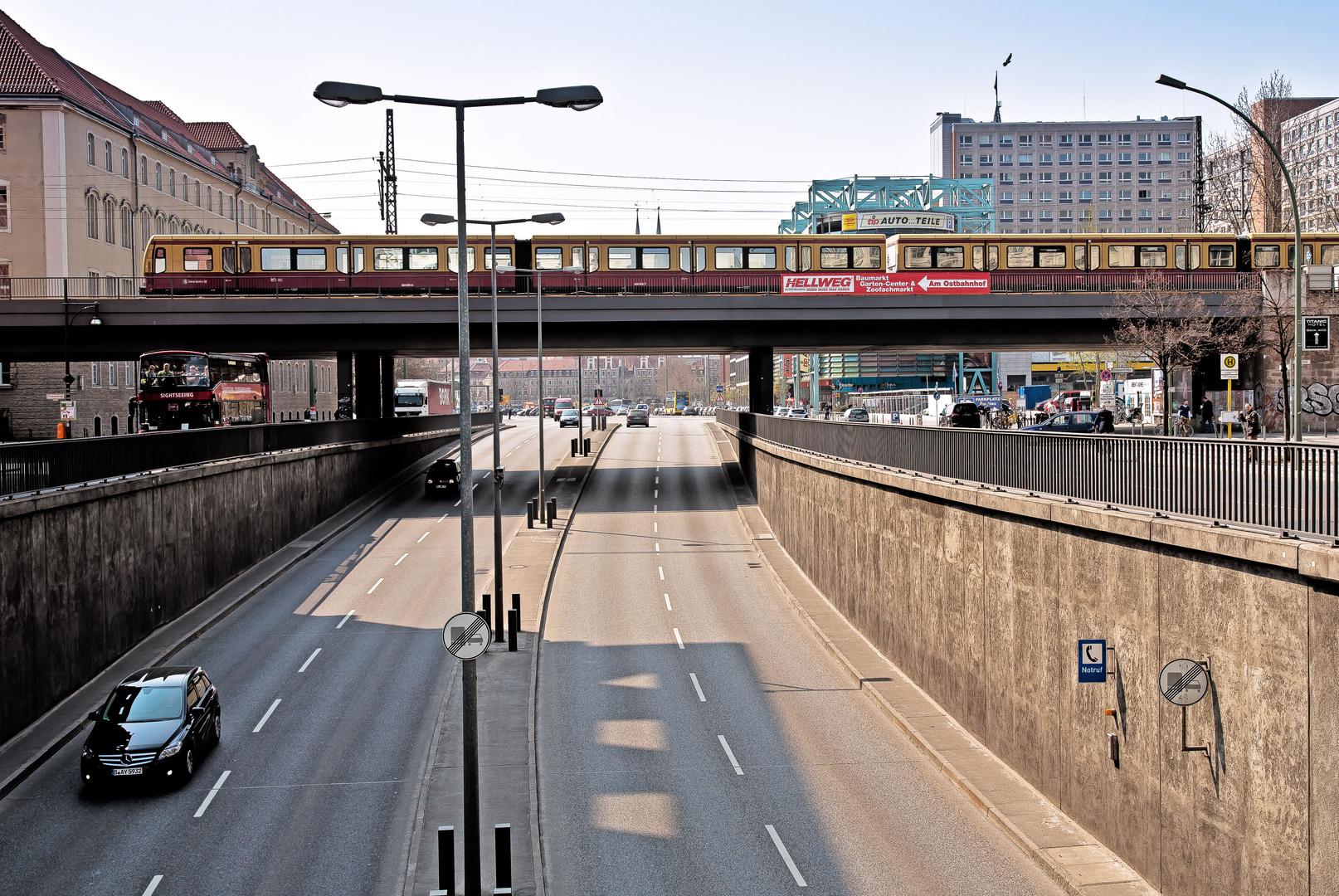 Leere Straßen in Berlin ?