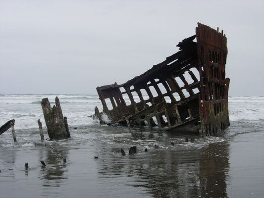 "leftovers of the wreck of the ""Peter Iredale"""