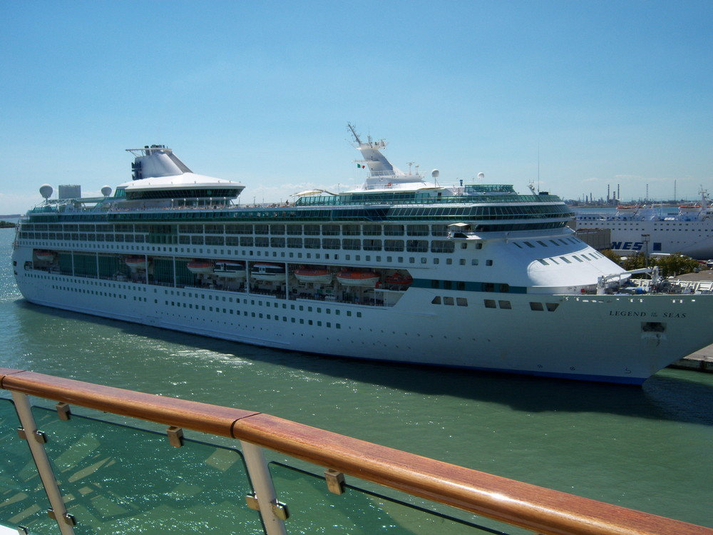Legend of the Seas von Royal Caribbean Cruise Line