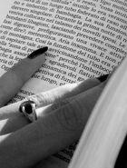 leggendo...