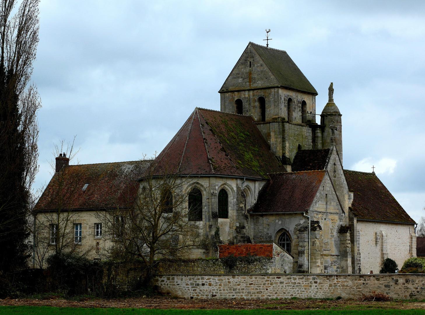 l'Eglise de Gouzangrez