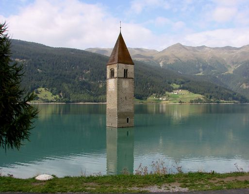 L'église engloutie du Reschensee