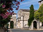 L'Eglise et la porte nord de Vianne