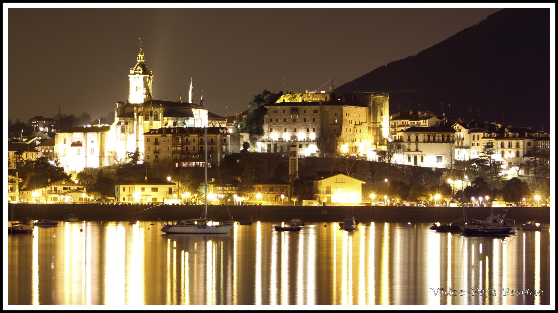 L'eglise et le Fort de Fontarabie Pays Basque