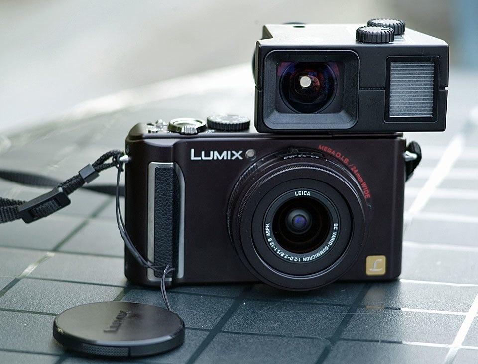 Leica Universal-Sucher mit eingespiegelter Wasserwaage