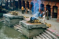 Leichenverbrennung beim Tempel Pashupatinath