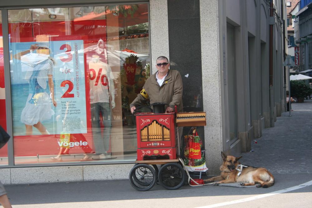 Leierkastenmann in Basel