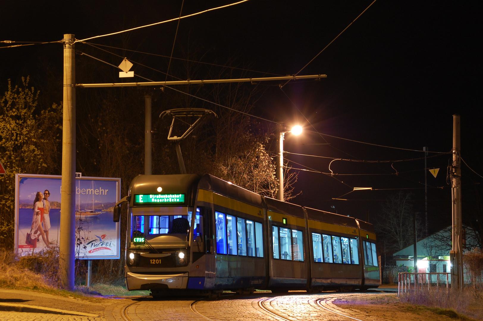 Leipzig NGT12 auf Linie 7 in der Philipp Reis Straße