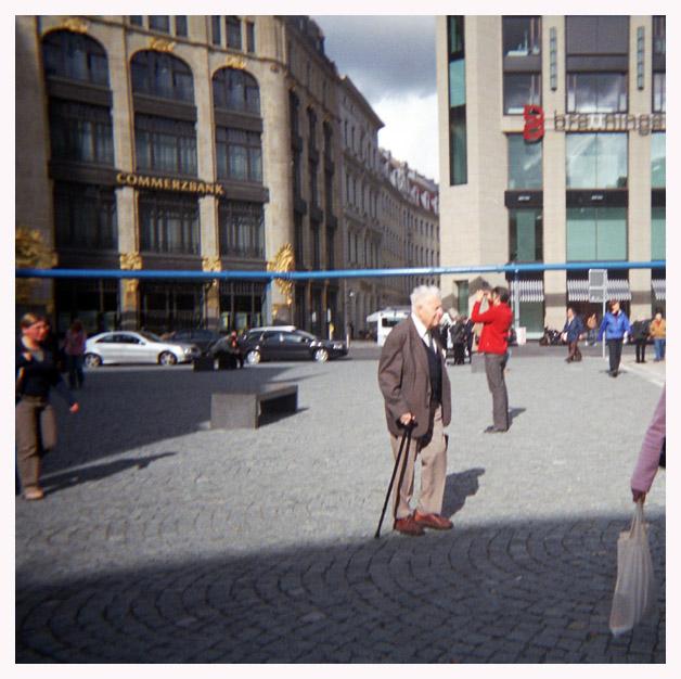 Leipzig sehen, heißt dem blauen Rohr folgen