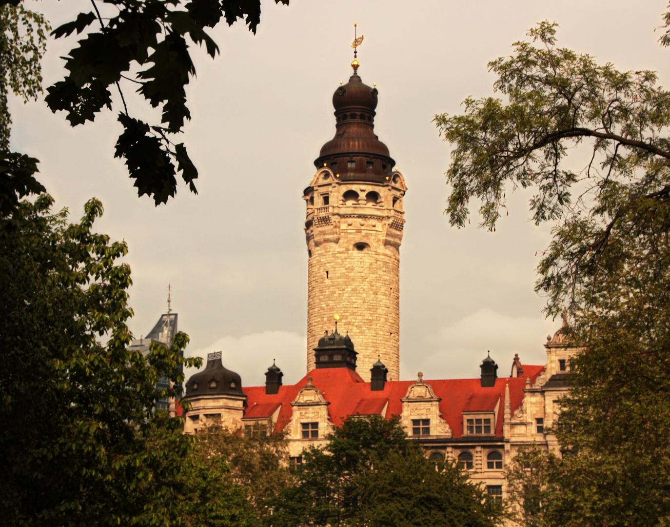 Leipziger Rathaus im Frühlingszauber