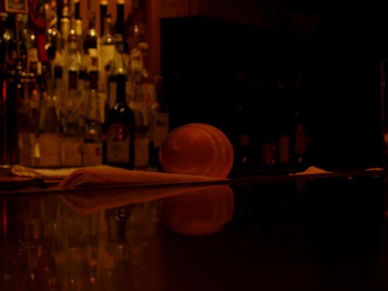 lemon in a bar