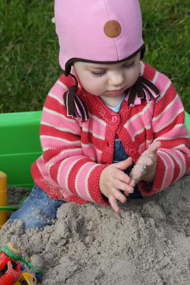Leni und der Sand