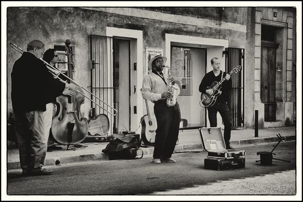 Leonard Blair mit Gig Street in L'Isle-sur-la-Sorgue