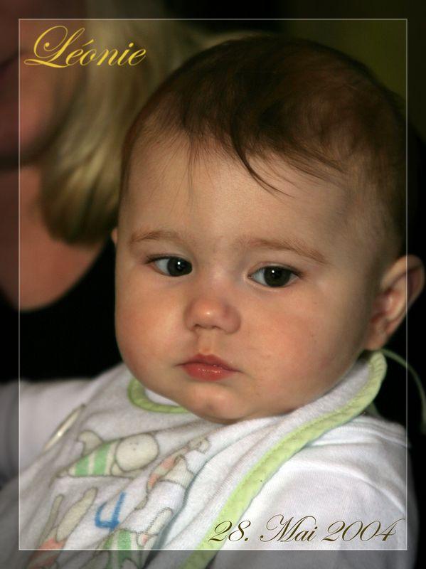 Leoniè im zarten Alter von 6 Monaten