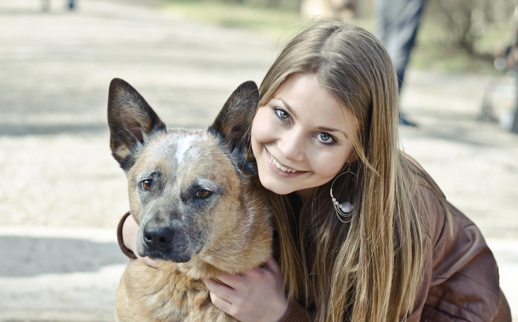 leonie mit ihrem hund