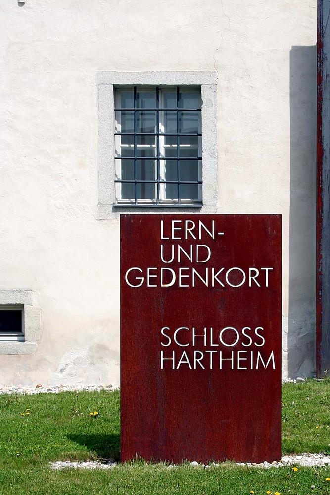 Lern-u. Gedenkstätte Hartheim - Ehemalige NS-Euthanasieanstalt