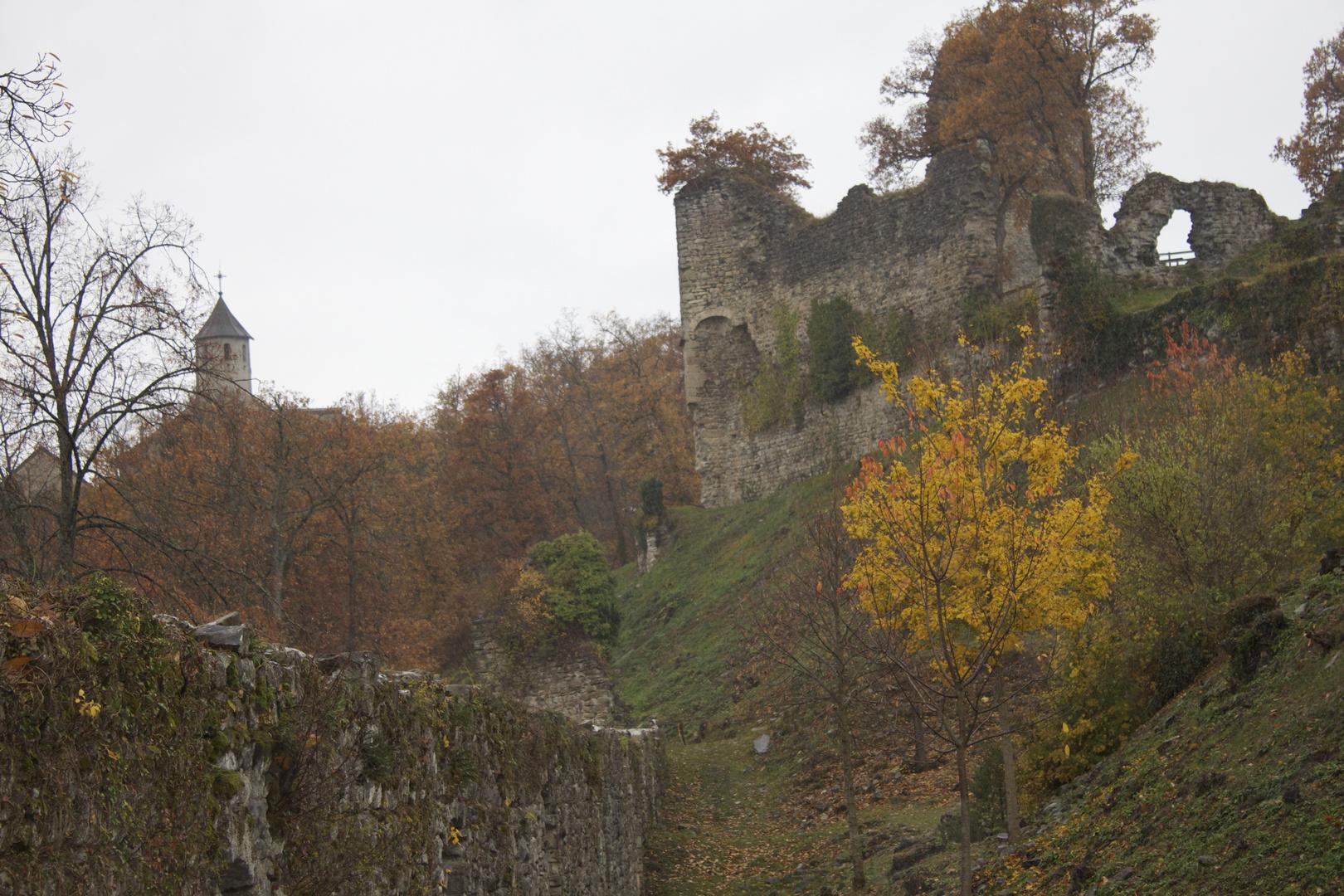les Chateaux d'Allinges Fantôme III
