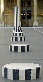 les colonnes de buren (PARIS)