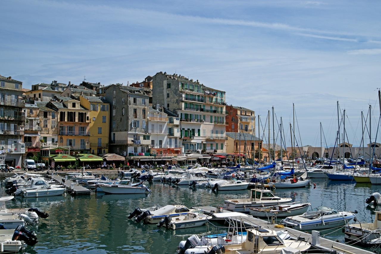 Les couleurs du port de Bastia