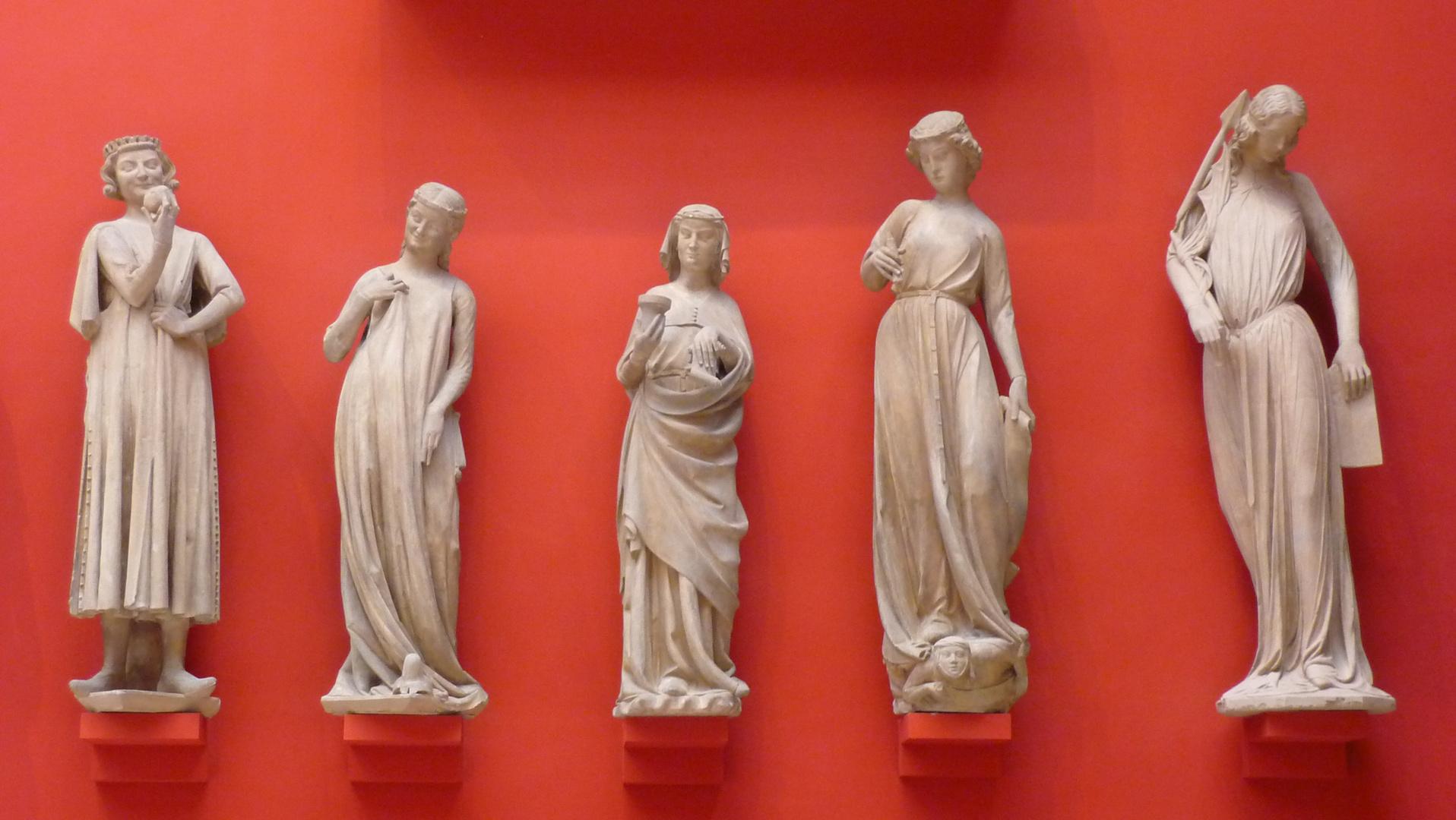 Les demoiselles, Palais de Chaillot, Paris, Juillet 2010.