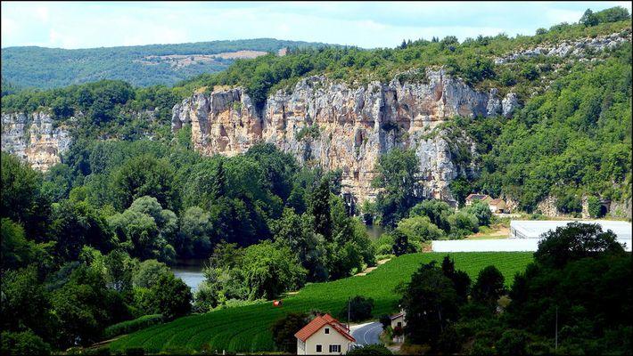 Les gorges du Lot à Saint-Circq Lapopie (Lot)