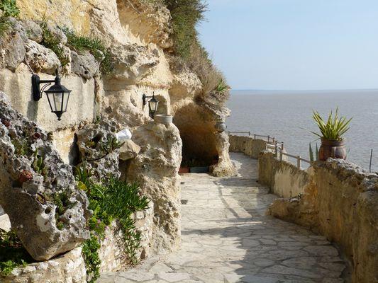 les grottes de Matata à Meschers (17)