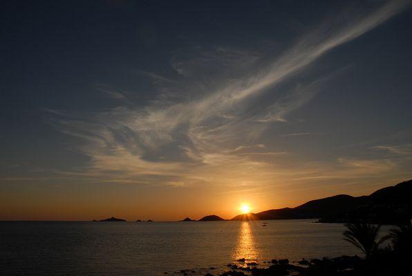 Les îles sanguinaires au couché du soleil