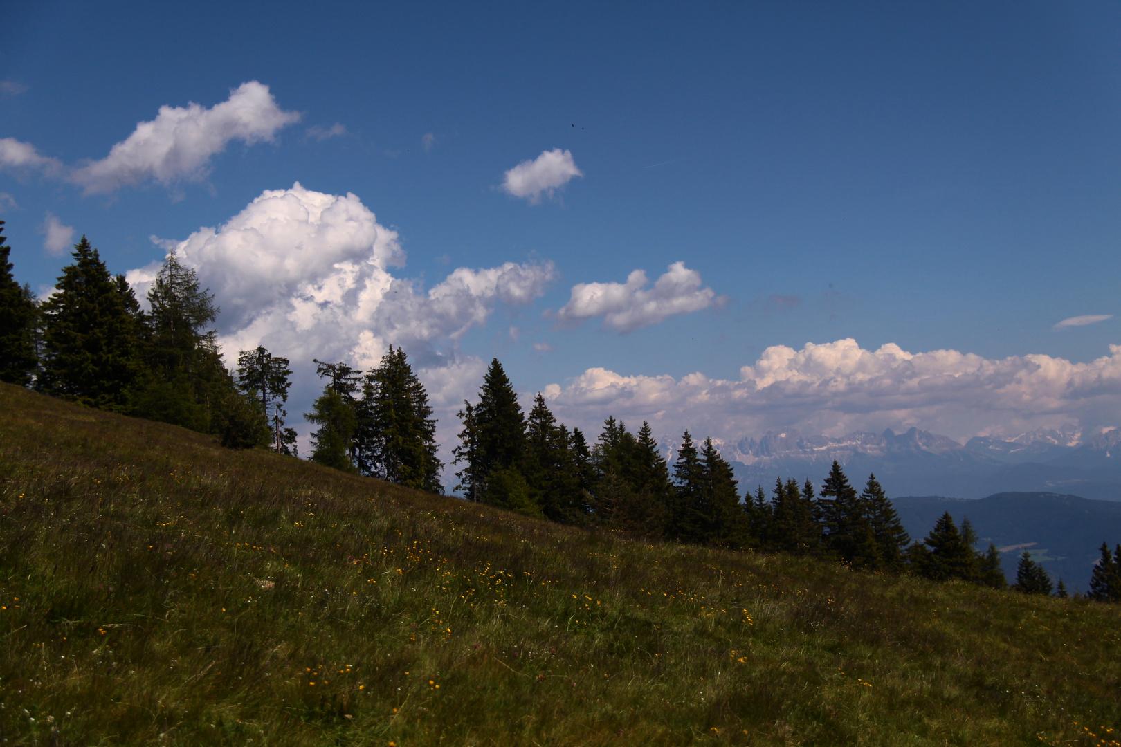 les nuages défilent, pour le 14 juillet!