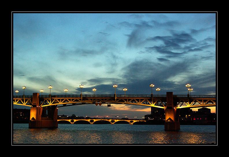 Les  Ponts  à Toulouse